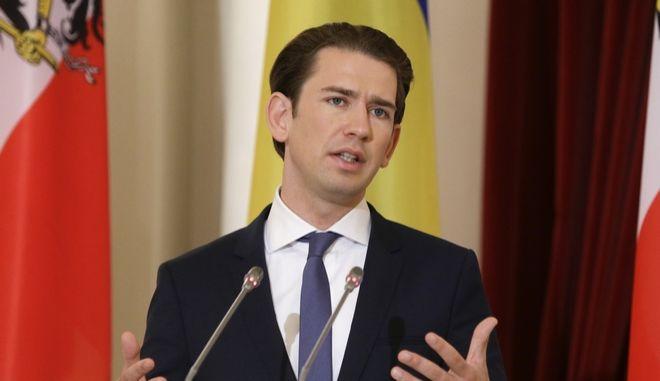 Χαιρετίζει τη συμφωνία των Πρεσπών ο Αυστριακός καγκελάριος