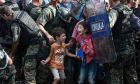 Μια εικόνα 1000 λέξεις: Όταν έκλαψαν ακόμα και οι φωτογράφοι