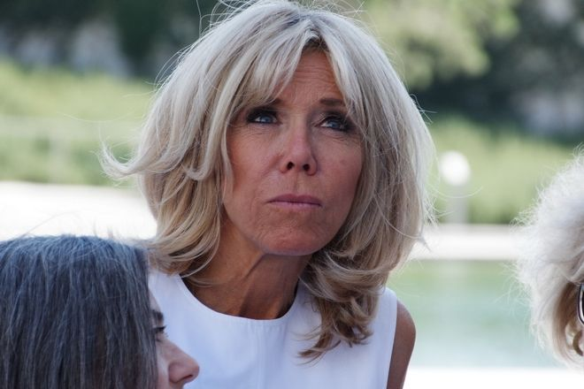 Visit of the wife of French President Brigitte Tronier and Greek Prime Minister Peristera Bazianas to the Stavros Niarchos Foundation Cultural Center, Athens, September 7, 2017. /                    , , 7  2017.