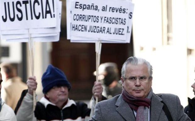 Αθωώθηκε ο δικαστής Γκαρθόν στην Ισπανία...