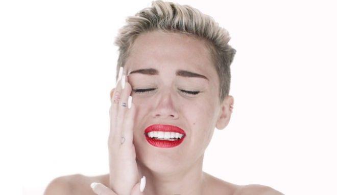 Τα δάκρυα της Miley Cyrus για την εκλογή Τραμπ