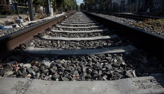 24ωρη απεργία των εργαζομένων στον σιδηρόδρομο. Οι εργαζ'ομενοι αντιδρουν στην υπογραφή της σύμβασης πώλησης της ΤΡΑΙΝΟΣΕ. Πέμπτη 14/9/2017. (EUROKINISSI/ ΤΑΤΙΑΝΑΜΠΟΛΑΡΗ)
