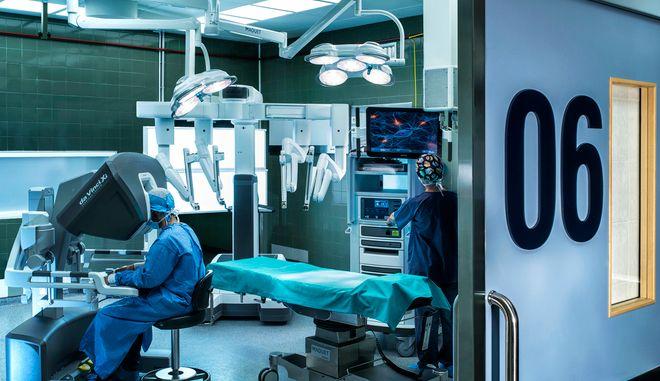 Το ρομποτικό χειρουργικό σύστημα DaVinciXI