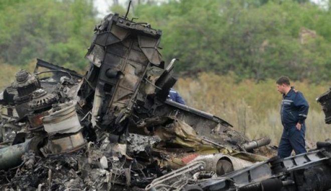 Κρεμλίνο: Δεν καταρρίφθηκε από ρωσικές δυνάμεις το μαλαισιανό αεροσκάφος στην Ουκρανία