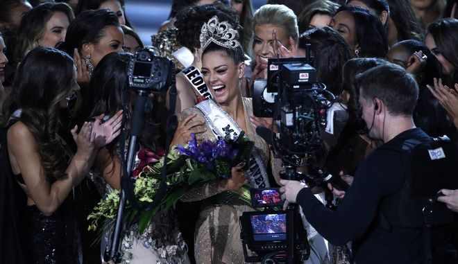 Miss South Africa Demi-Leigh Nel-Peters cries after she was announced as the new Miss Universe at the Miss Universe pageant Sunday, Nov. 26, 2017, in Las Vegas. (AP Photo/John Locher)