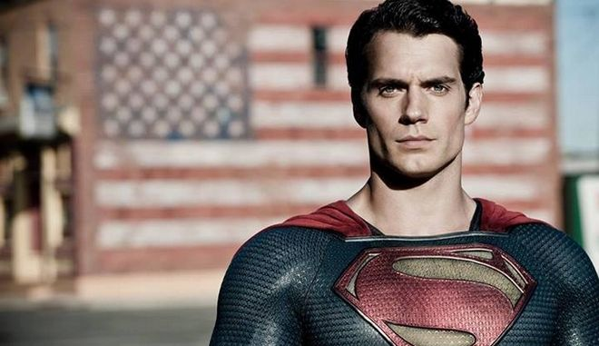 Ο  Henry Cavill ως superman έχει παίξει στις ταινίες Batman V Superman: Dawn Of Justice, Justice League και Man of Steel