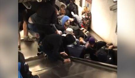 Κατέρρευσε σκάλα στο μετρό της Ρώμης