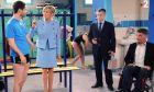 Η Μπριζίτ Μακρόν στα γυρίσματα τηλεοπτικής σειράς