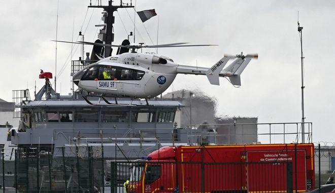 Γαλλικό διασωστικό ελικόπτερο στην επιχείρηση για το ναυάγιο στη Μάγχη