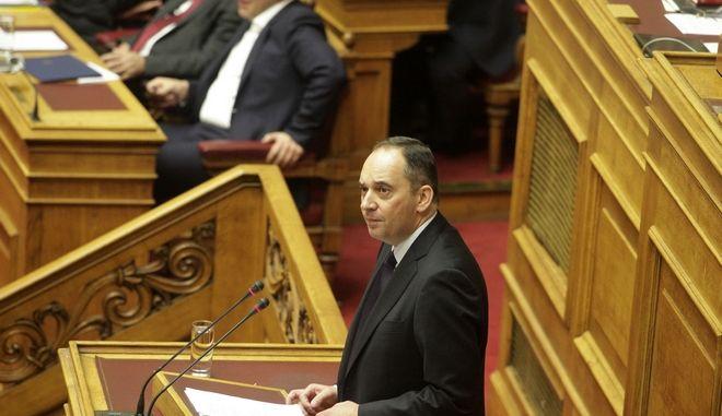 Ο πρόεδρος της Νέας Δημοκρατίας Γιάννης Πλακιωτάκης κατα την ομιλία του στην συζήτηση για τον Προϋπολογισμό του 2016 στην Βουλή το Σάββατο 5 Δεκεμβρίου 2016. (EUROKINISSI/ΓΙΩΡΓΟΣ ΚΟΝΤΑΡΙΝΗΣ)