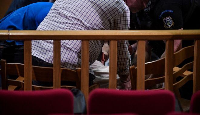 """Ο κατηγορούμενος Γιώργος Πατέλης κατέρρευσε στο εδώλιο ενώ είχε ξεκινήσει η απολογία του Κ. Κορκοβίλη στην δίκη της """"Χρυσής Αυγής"""", την Πέμπτη 27 Ιουνίου 2019."""