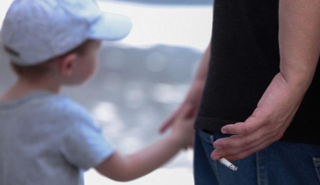 Φωτό αρχείου: Κάπνισμα σε δημόσιους χώρους