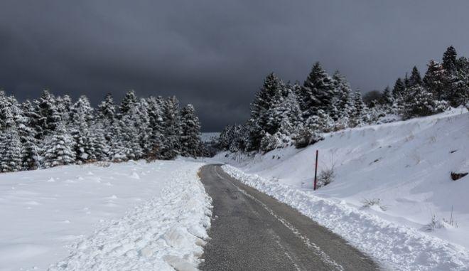 Χιονόπτωση στα ορεινά χωριά του Κισσάβου