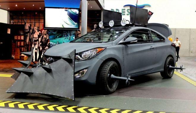 Ένα Hyundai μετατράπηκε σε Μηχανή Επιβίωσης εναντίον των ζόμπι