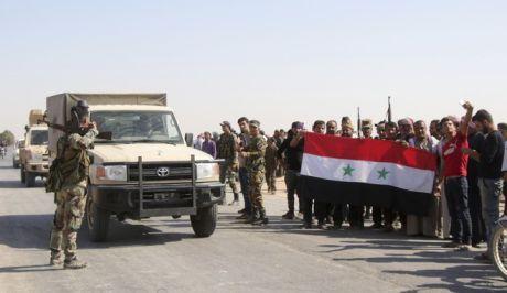 Κούρδοι καλωσορίζουν τα στρατεύματα του Άσαντ