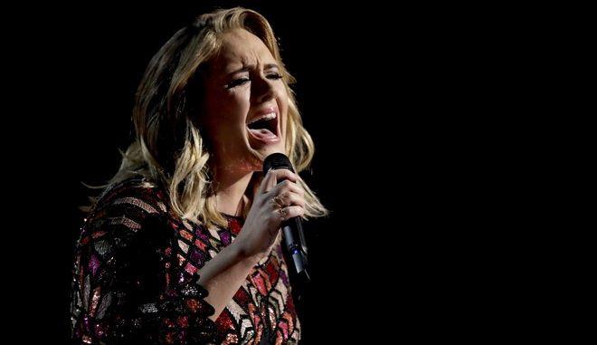 Ακύρωσε συναυλίες, λόγω προβλήματος στις φωνητικές χορδές η Adele