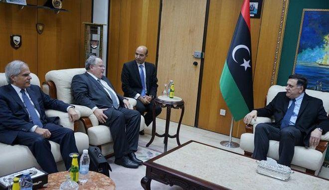 Κοτζιάς από Λιβύη: Να ξαναδυναμώσουμε τις σχέσεις μας