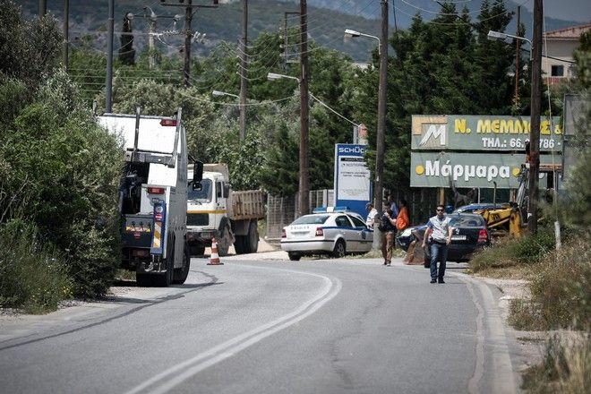 Τραγωδία στο Μαρκόπουλο με δύο νεκρούς κι έναν τραυματία