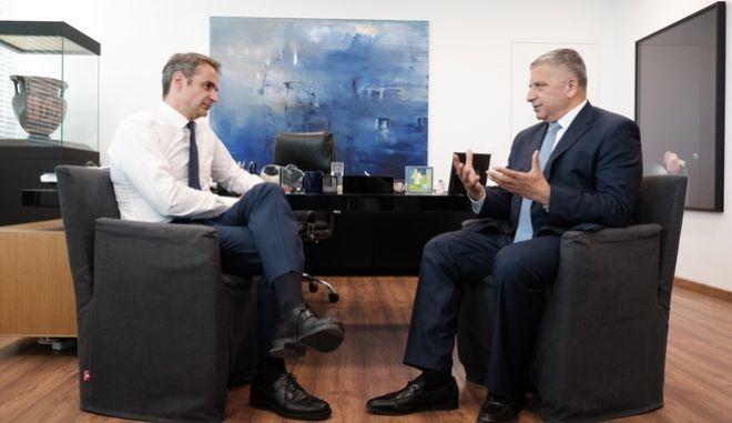 Συνάντηση του Προέδρου της Ν.Δ. κ. Κ. Μητσοτάκη με υποψήφιους Περιφερειάρχες. Στη φωτό, με τον κ. Πατούλη