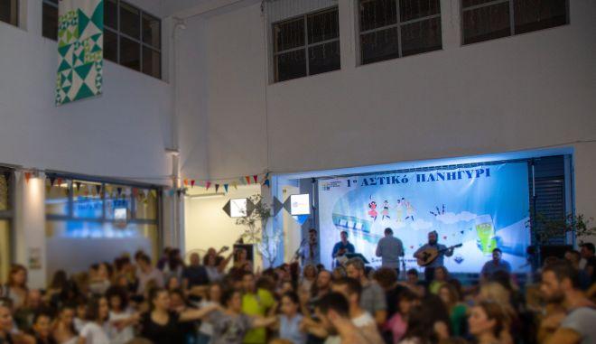 H FIX Hellas παράτεινε το καλοκαίρι με το 1ο Αστικό Πανηγύρι στο κέντρο της Αθήνας
