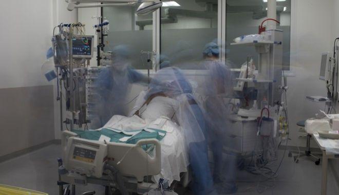 Μονάδα Εντατικής Θεραπείας σε νοσοκομείο της Μασαλίας