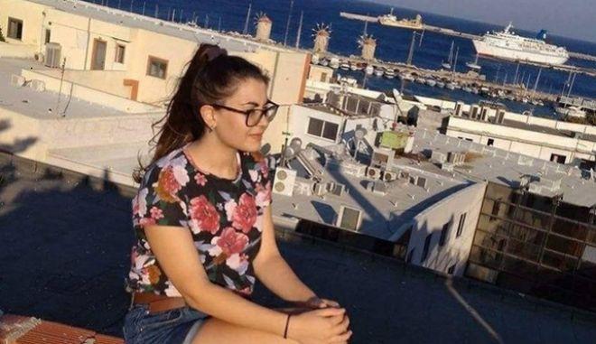 Ιατροδικαστής Ρόδου: Η 21χρονη μαρτύρησε στα χέρια των δολοφόνων της