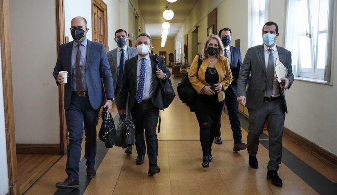 Bουλή: Σε επαφή με επιβεβαιωμένο κρούσμα ο Καλογρίτσας - Αναβάλλεται η εξέτασή του από την προανακριτική