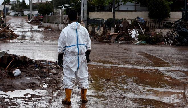Καταστροφές στη Μάνδρα μετά τις πλημμύρες