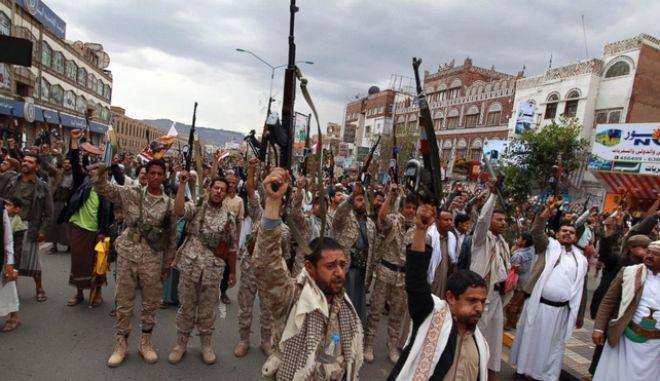 Χάος στην Υεμένη: Δεκάδες διπλωμάτες εγκατέλειψαν
