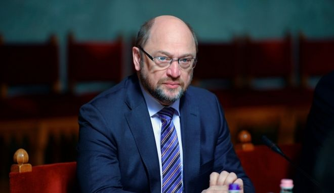 DW: Η άνοδος Σουλτς ανησυχεί τα χριστιανικά κόμματα