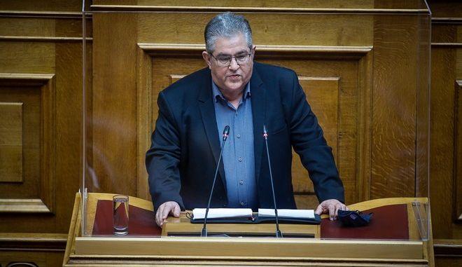 Ο Δημήτρης Κουτσούμπας στη Βουλή