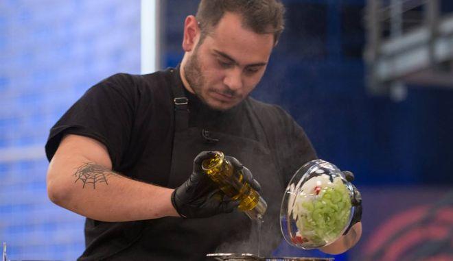 Ο Χρήστος Γλωσσίδης σε δοκιμασία του Master Chef