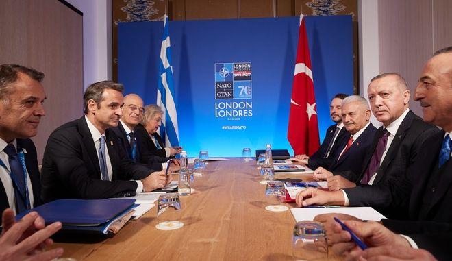 Από τη συνάντηση Μητσοτάκη - Ερντογάν.