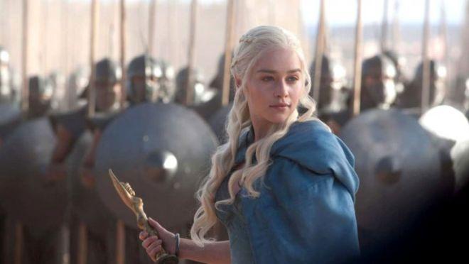 """Τα 10 επεισόδια """"Game of Thrones"""" που πρέπει να δεις πριν την αποψινή πρεμιέρα"""