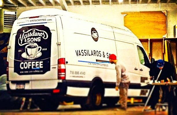 Οι Έλληνες που 'ελέγχουν' την αγορά καφέ στη Νέα Υόρκη