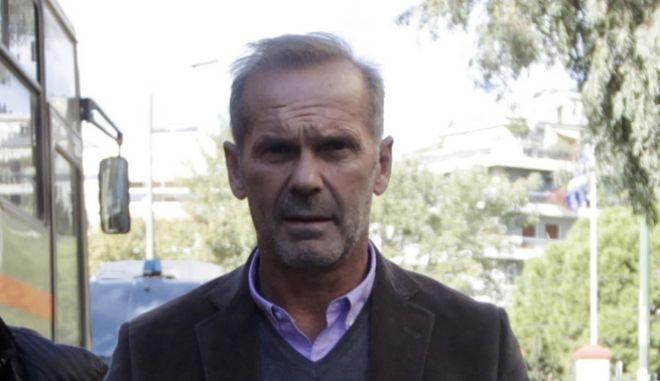 O Πέτρος Κωστόπουλος