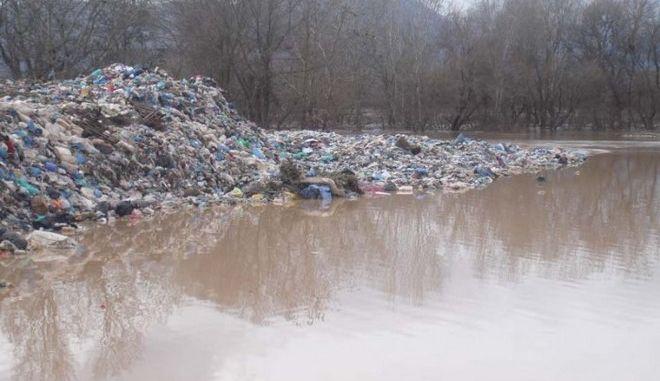 Καμπάνα στον Δήμο Τρικκαίων για ρύπανση του περιβάλλοντος