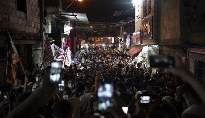 Διαμαρτυρία για την διαχείριση της πανδημίας σε Φαβέλα (ΦΩΤΟ ΑΡΧΕΙΟΥ)