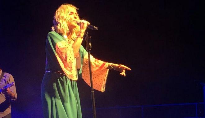 Άννα Βίσση: Συγκινημένη στη συναυλία της στο Μάτι - Το μήνυμα ελπίδας
