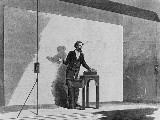 Ο Κάρολος Ντίκενς επί σκηνής
