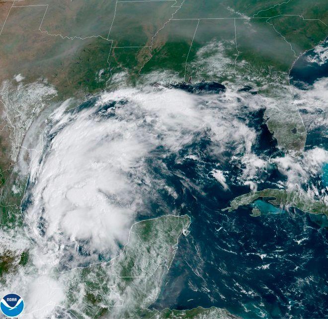 Η καταιγίδα Νίκολας όπως φαίνεται από δορυφόρο