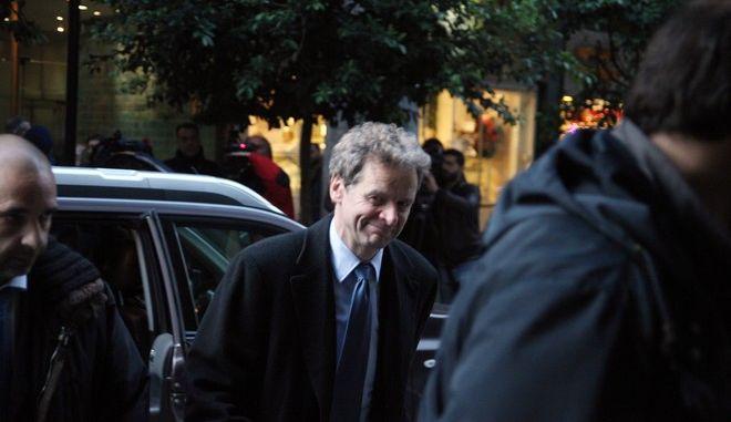 Ο Πολ Τόμσεν στο υπ. Ανάπτυξης για την  τέταρτη διαδοχική συνάντηση για το θέμα των πλειστηριασμών ακινήτων  που είχαν ο υπουργός Κωστής Χατζηδάκης με τους εκπροσώπους της τρόικα την Δευτέρα 16 Δεκεμβρίου 2013. (EUROKINISSI/ΑΛΕΞΑΝΔΡΟΣ ΖΩΝΤΑΝΟΣ)