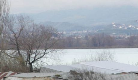 Κακοκαιρία Μπάλλος: Εκκένωση οικισμού στο Αγρίνιο - Καταστροφές στο Μεσολόγγι