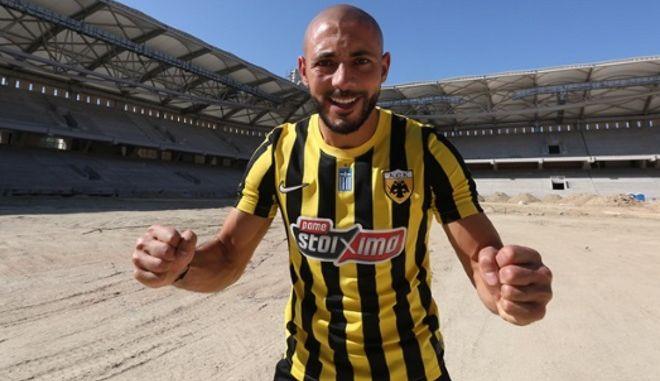 Ο ποδοσφαιριστής της ΑΕΚ Νουρεντίν (Νορντίν) Αμραμπάτ
