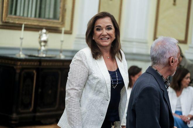 Εμφανώς χαρούμενη η Ντόρα Μπακογιάννη