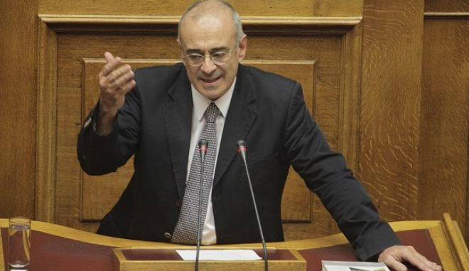 Συζλητηση για τον προϋπολογισμό 2016 στην Ολομέλεια της Βουλής την Παρασκευή 4 Δεκεμβρίου 2015. (EUROKINISSI/ΓΙΩΡΓΟΣ ΚΟΝΤΑΡΙΝΗΣ)