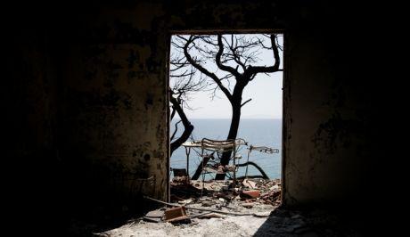 Εικόνα από το Μάτι, μια εβδομάδα μετά την καταστροφική πυρκαγιά