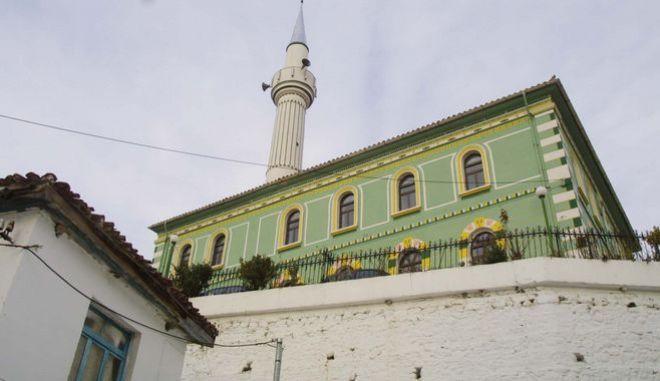 To τζαμί στον Εχινό Ξάνθης
