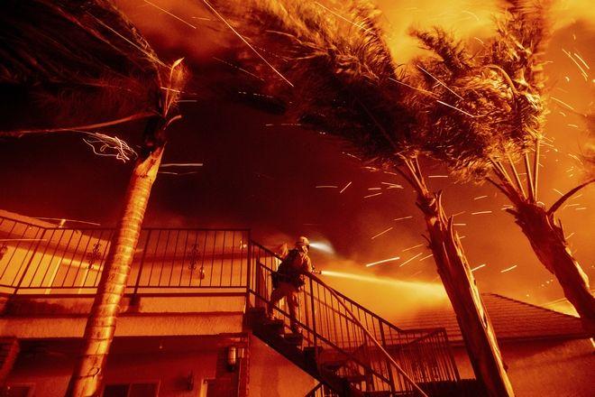 Πυροσβέστης στις φωτιές, Καλιφόρνια