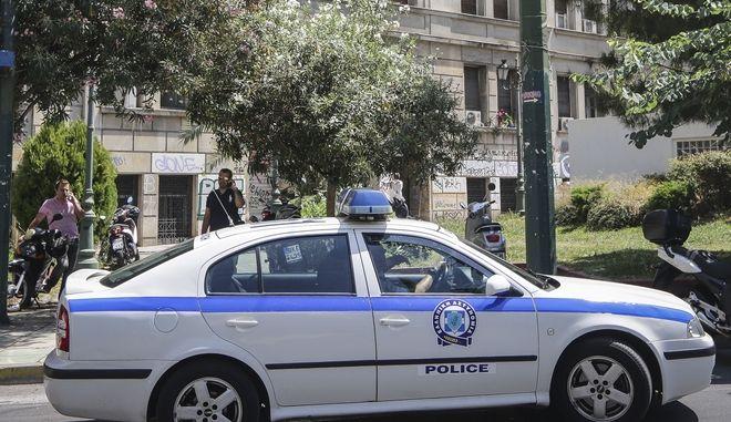 Αστυνομικός οδηγούσε χωρίς... άδεια οδήγησης